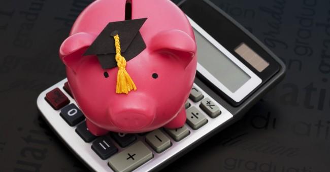 Becas y créditos universitarios te pueden pagar la carrera
